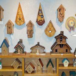 bird houses in Winona on the Mississippi River